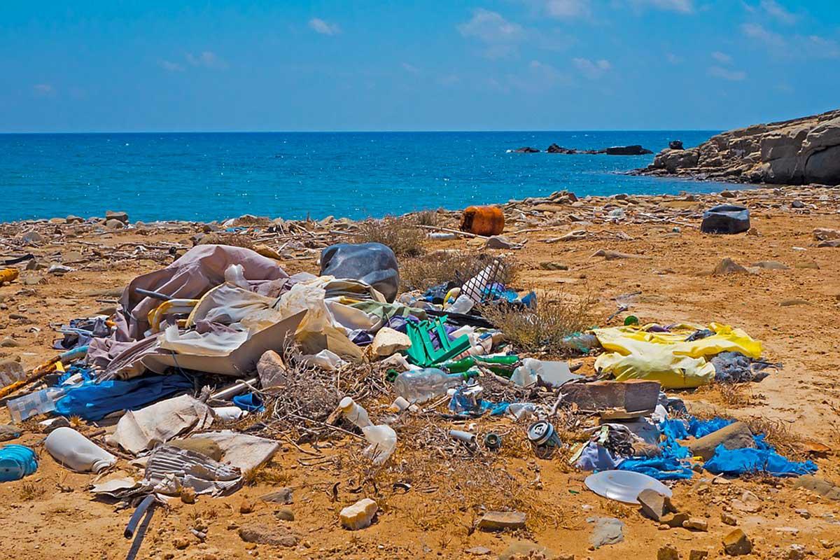 inquinamento spiaggia