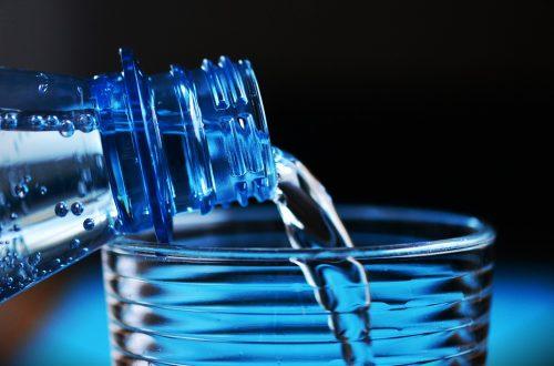 microplastica in bottiglia